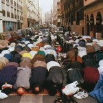 Filling the street for salat