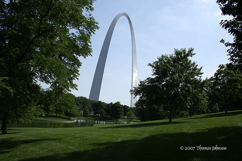 St. Louis Gateway Arch, seen from the park