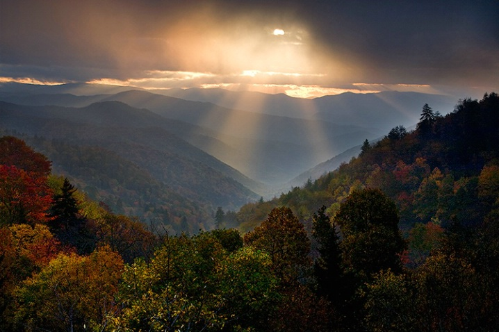 Sunrise over the Great Smoky Mountains, USA