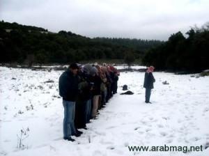 Praying in the snow, subhanAllah.